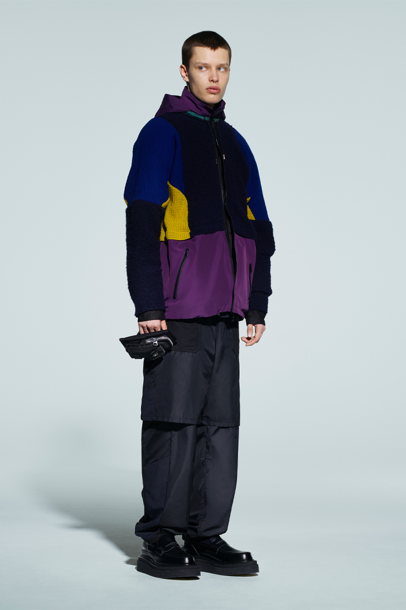 sacai-x-kaws-celebrate-wearable-art-in-latest-fw21-collection-016
